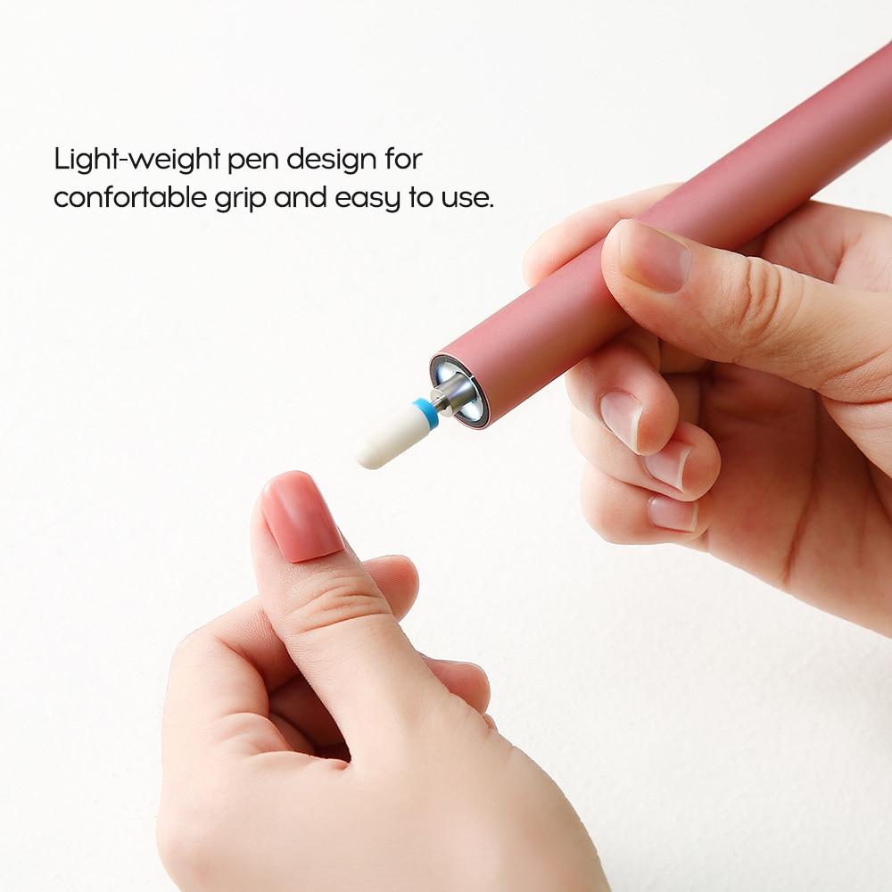 Nuevo 1 piezas de arte de uñas de pluma Portátil de Arte de uñas de empuje manicura uñas cuidado pulido herramientas Salón de Arte de uñas herramienta