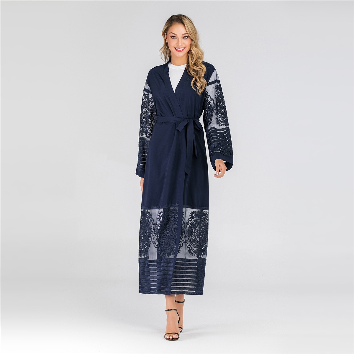 Cardigan largo musulmán bata de mujer ropa de abrigo de malla bordada elegante gabardina para mujeres de manga larga Tops A1546