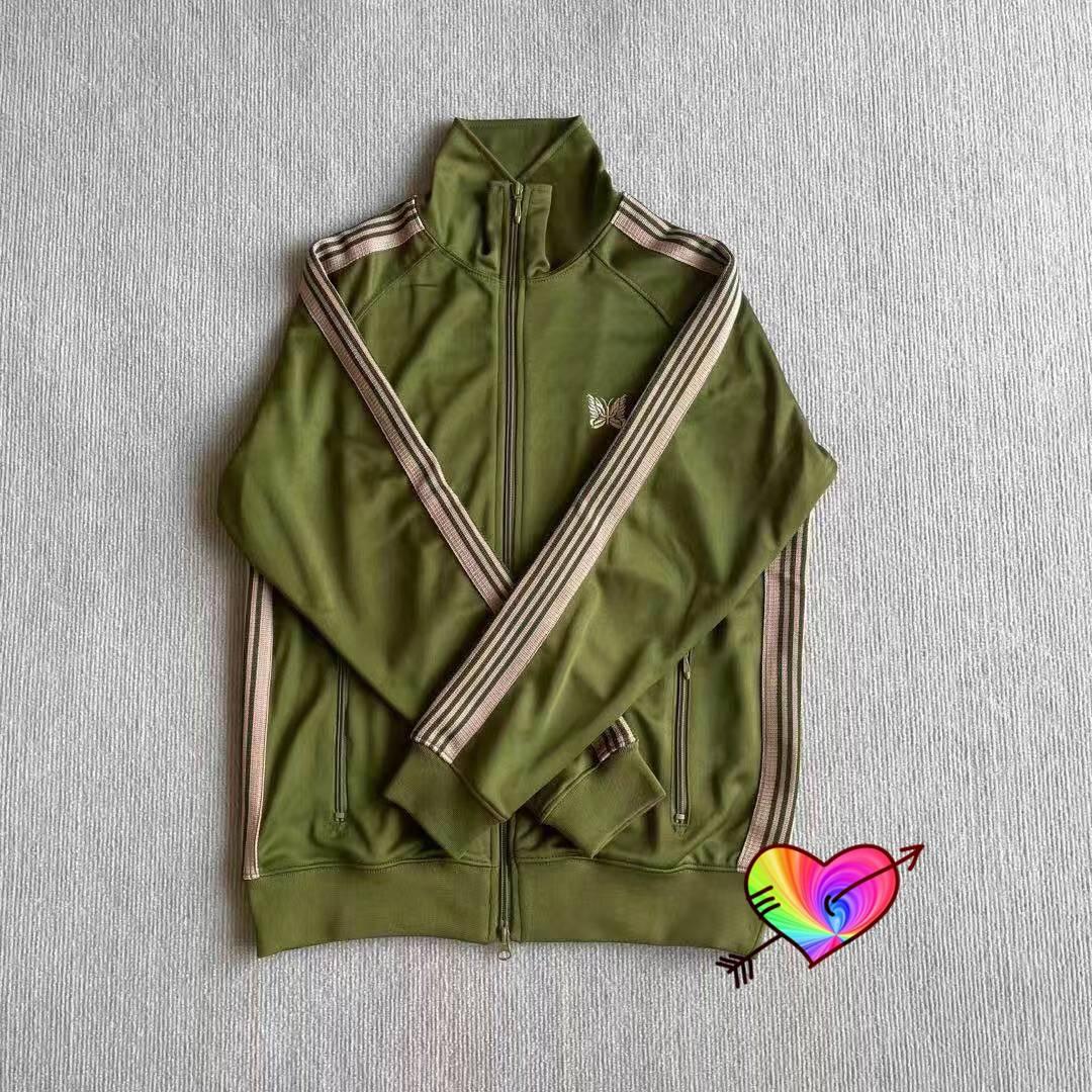 الجيش الأخضر الإبر الستر 21ss الرجال النساء فراشة التطريز شعار أوج الإبر المسار سترة عالية الشارع ملابس خارجية