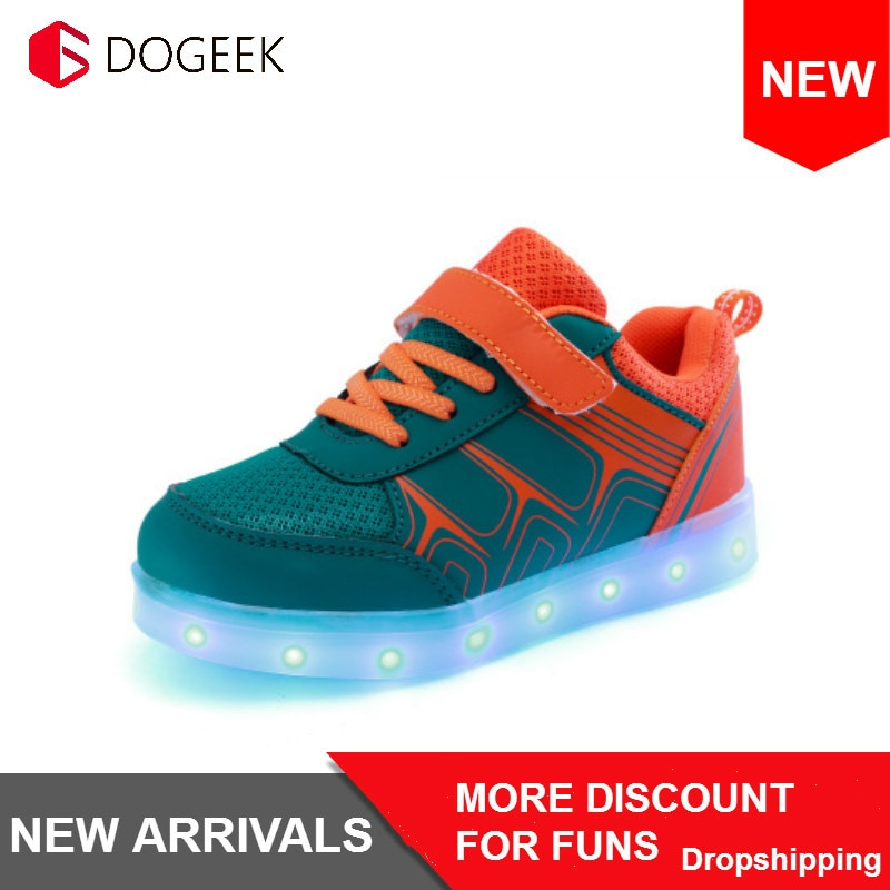 DoGeek الاطفال مصباح ليد حتى أحذية عالية أعلى أجنحة الفتيان والفتيات حذاء كاجوال USB شحن سلة LED مضيئة أحذية رياضية متوهجة