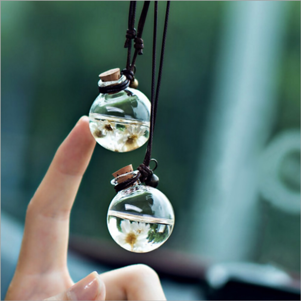 Car Hanging Perfume Pendant Fragrance Air Freshener Empty Glass Bottle for Essential Oils Diffuser O