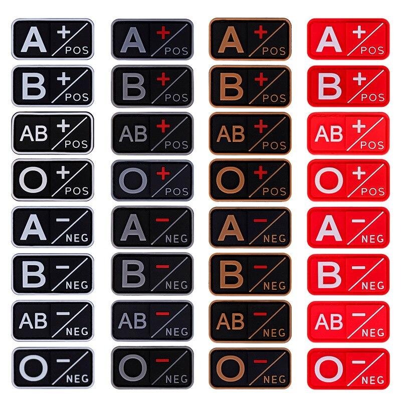 NEG 1PC 3D A + B + AB + O + tipo de sangre insignias de goma militares positivas parche moral grupo parche a-b-ab-o-negativo PVC táctico