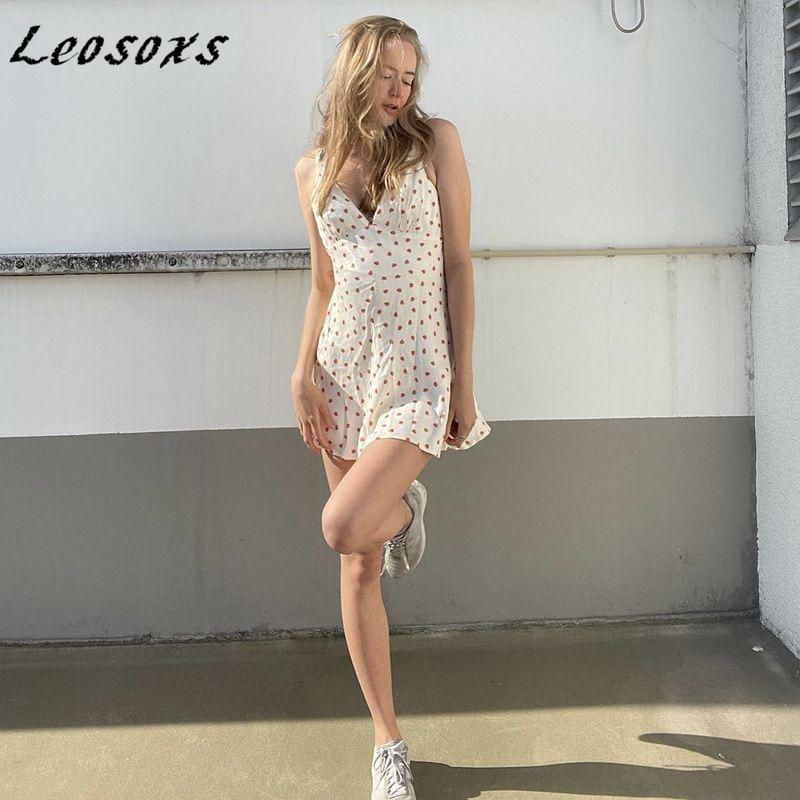 Leosoxs French pastoral style satin strawberry dress women sleeveless vest zipper mini A-line dresses 2021 summer new
