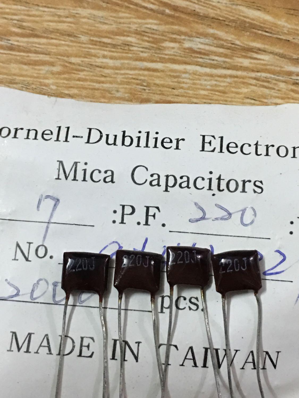 20PCS 500V220PF 5% P3.5MM CDM Prata Mica mica capacitor 500 P 220 V 221 220pF/500V 500V220P 500V221
