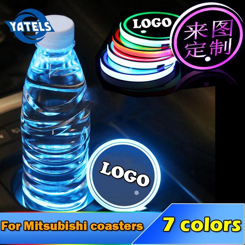 1 Uds. Soporte para taza de bebida con Logo luminoso antideslizante para Mitsubishi RalliArt Lancer, accesorios de emblemas de coche