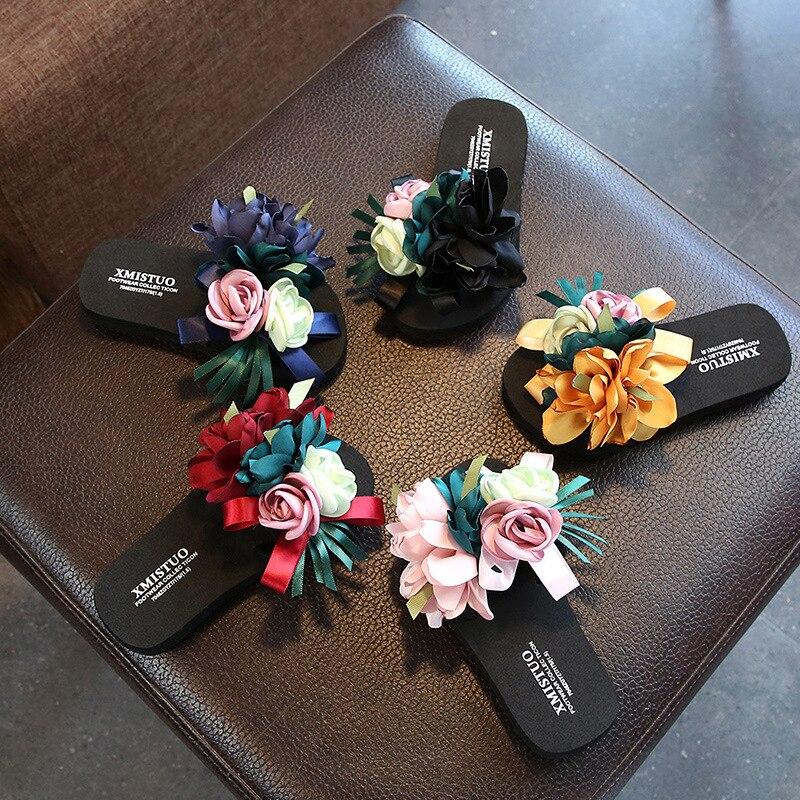 Zapatillas de verano para niñas, sandalias de playa al aire libre para niños pequeños, zapatos planos antideslizantes de flores de princesa, chanclas, zapatillas para padres e hijos