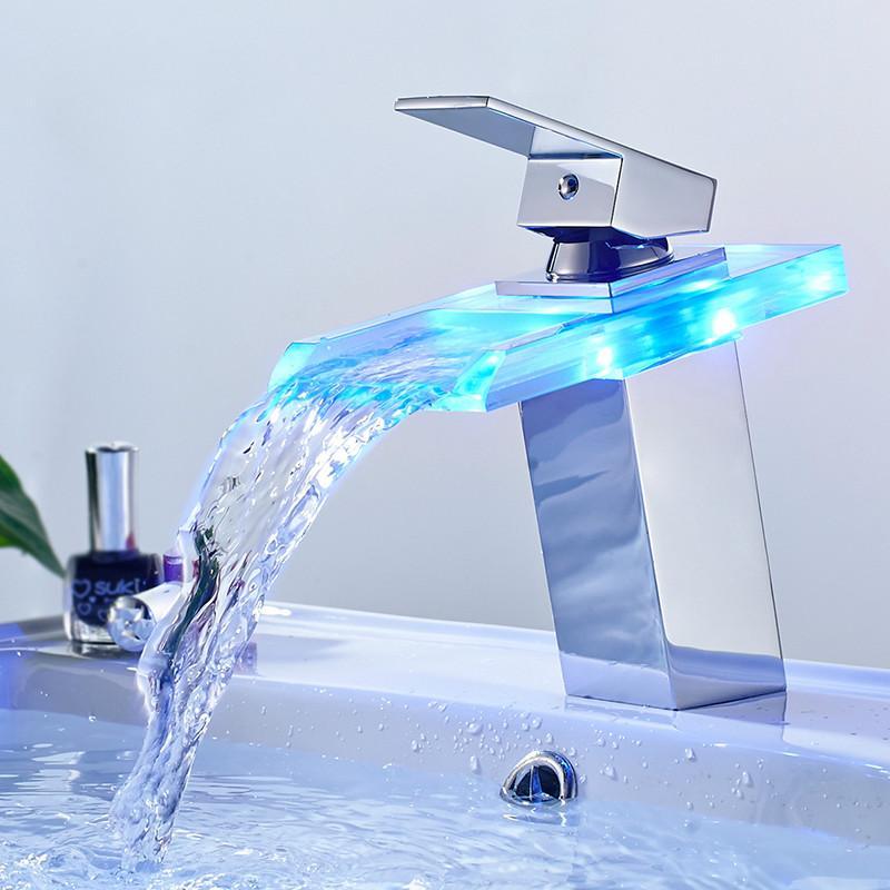 Grifo de lavabo LED, grifo de latón, cascada, temperatura, colores, cambio de baño, mezclador, grifo montado, fregadero de lavado, grifos de vidrio