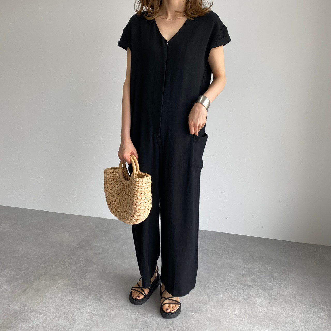 Japanese Style Fashion Simplicity Solid Color V-neck Summer Women's Rompers Loose Casual Pocket 2021 Office Lady Clothes New