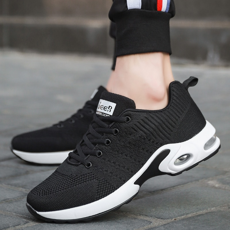 2020 Fashion Hot Sell Running Shoes for Men Explosive Couple Shoes Flying Woven Sports Casual Shoes
