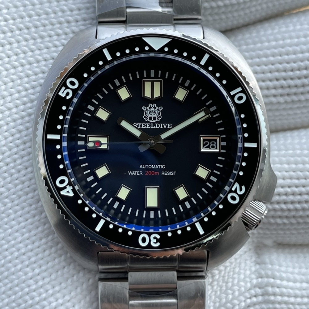 Steeldive SD1970 Black Date Background Automatic Watch Men 200M Waterproof 2021