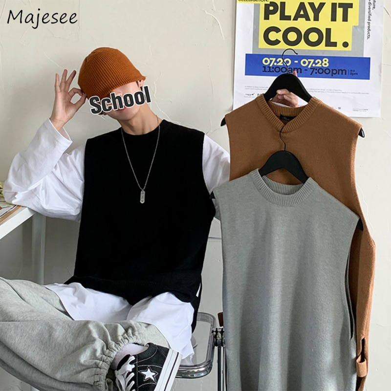 Sweater Vest Men Side-slit Solid O-neck Autumn-winter Leisure Loose Sleeveless Sweaters Ins Simple All-match Mens Tops Korean BF