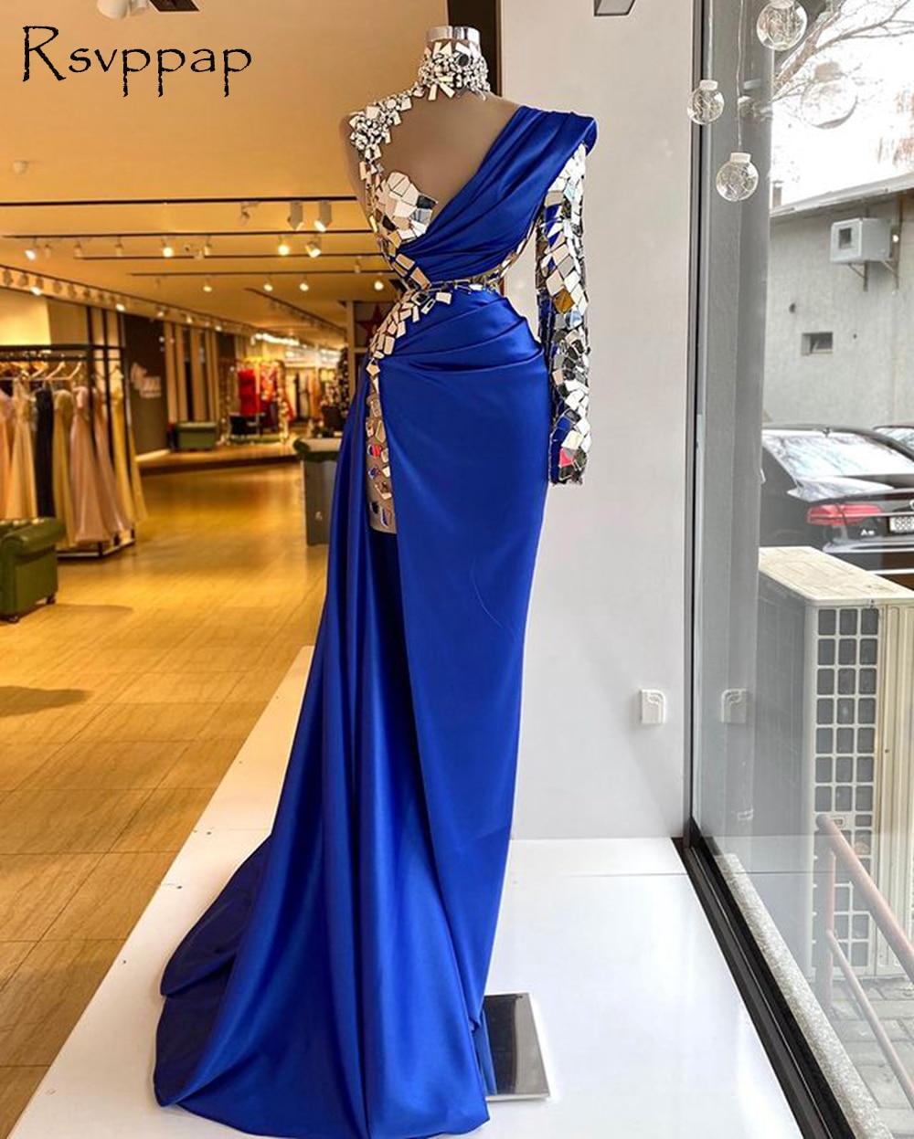 فستان سهرة ساتان ، أكمام طويلة ، ياقة عالية ، كريستال ، أزرق ملكي ، فتحة جانبية ، مجموعة 2021