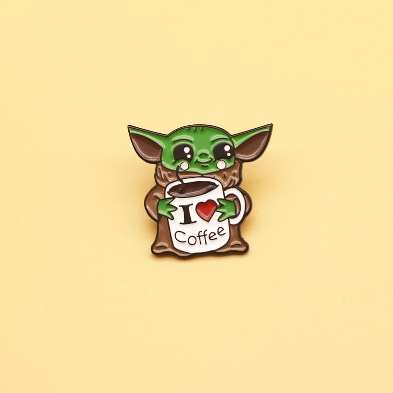 I LOVE COFFEE Mandalorian TV Show baby Yoda broche y esmalte Pin mujeres hombres joyería de moda regalo Pin para solapa con insignia
