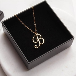 50pcs/lot 2019 Europe/US Fashion English Letter Pendant Lovely Letter B Text Necklace Gift For Mom/Girlfriend Party Jewelry