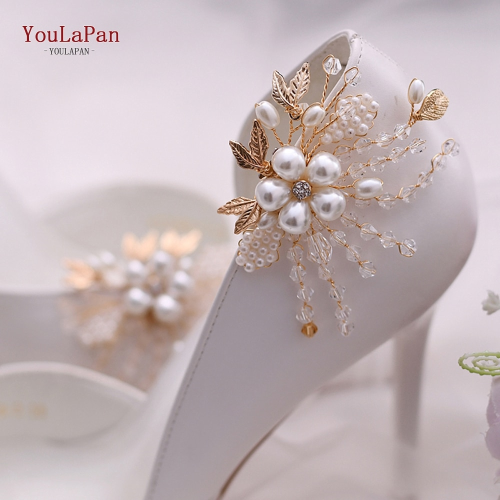 YouLaPan 2pcs/lot Removable Bride High Heel Clip Rhinestone Wedding Shoes Buckle Women Decoration Pearls Floral Bead Shoe Clips