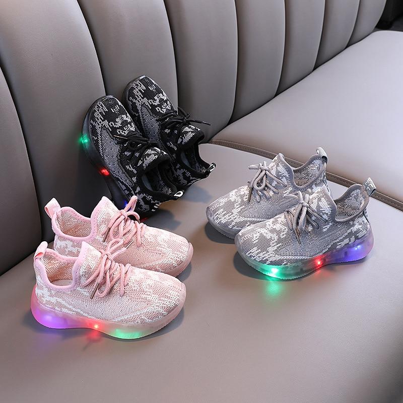 Кроссовки Детские сетчатые со светодиодный Ной подсветкой, размер 21-30