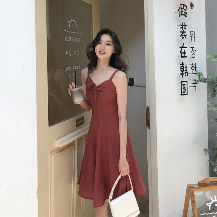 Firme se ofrece a la película de ladrillo cintas rojas se pueden ajustar para recibir la cintura trenza de humo para arnés vestido de verano largo femenino