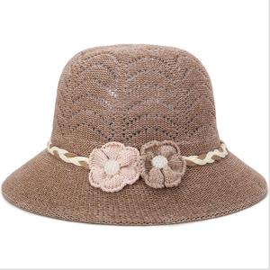 Summer Straw Sun Hats for Women UV Protection Floppy Beach Ladies Caps with Rose Flower