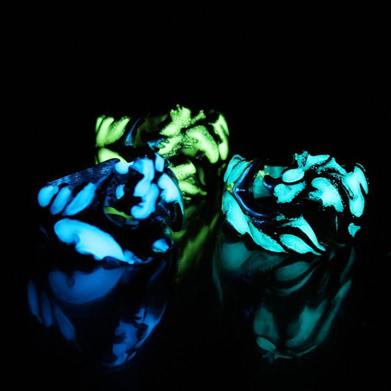 Creativo gótico Punk Retro en relieve dragón patrón luminoso anillo fresco Vintage hombres joyería Decoración