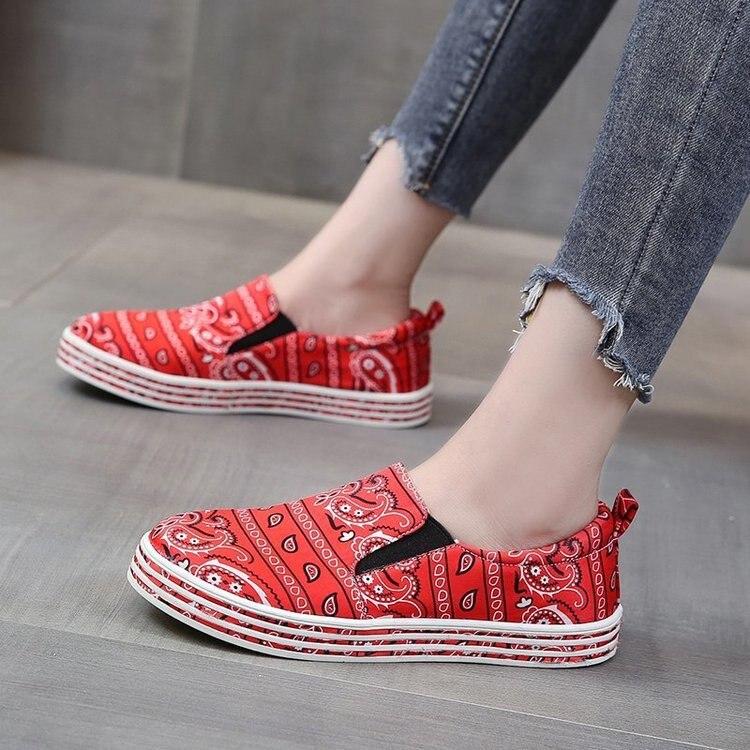 Zapatillas planas de otoño para mujer, zapatos vulcanizados con estampado de serpiente, nuevos zapatos de piel sintética para mujer, zapatos de plataforma a la moda para mujer