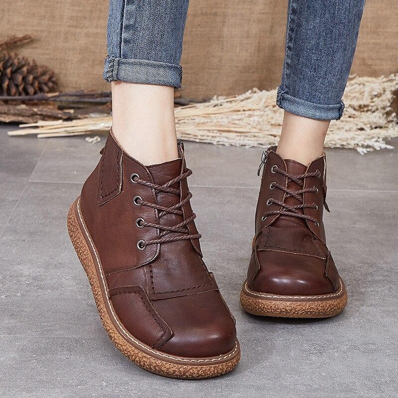 موضة أحذية النساء المطاط أحذية جديدة للنساء 2021 شقة جلد مسطح حذاء كاجوال أحذية امرأة غير رسمية الساخن