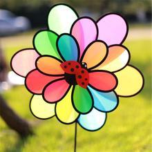 2019 neue Arrivials Bunte Regenbogen Dazy Triple Rad Blume Spinner Wind Windmühle Garten Hof Im Freien Decor Kinder Spielzeug