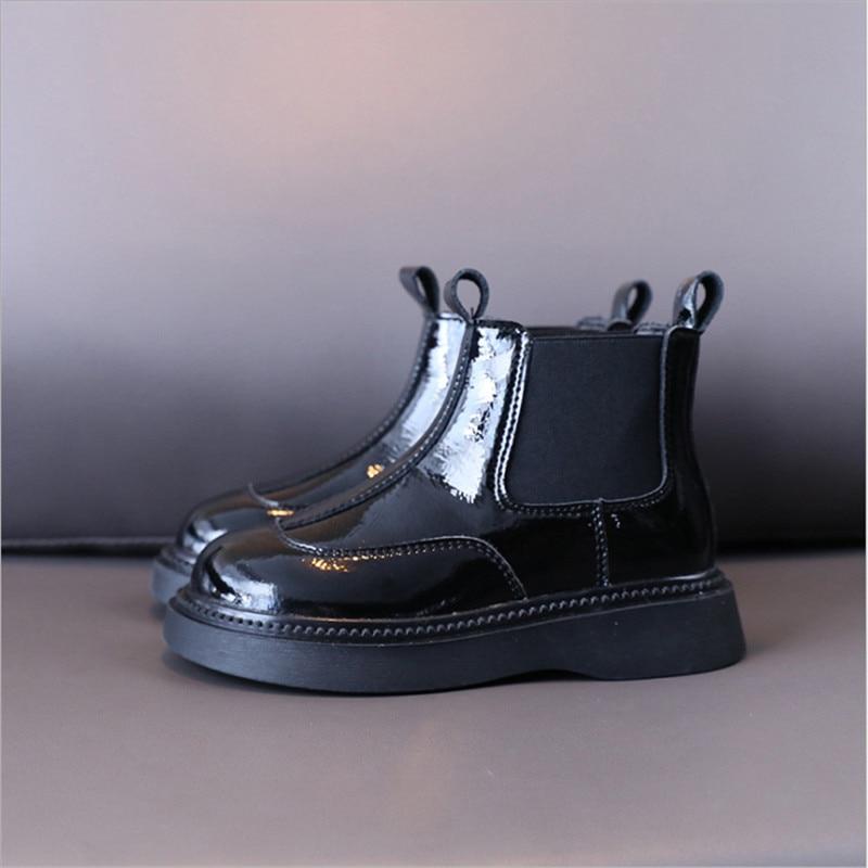 2021 جديد الخريف الأطفال الأحذية براءات الاختراع والجلود الانزلاق على الاطفال مارتن الأحذية مقاوم للماء أحذية الفتيات الموضة 26-37