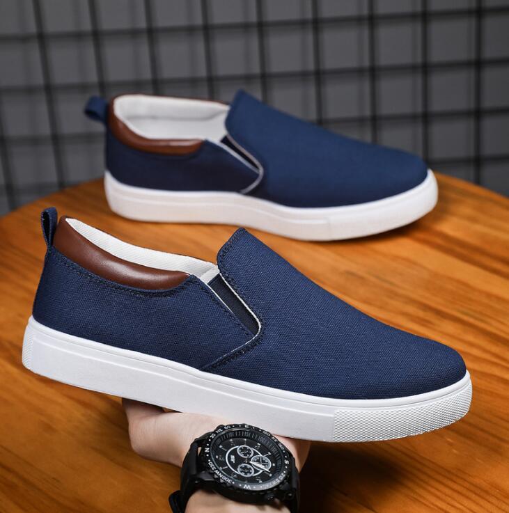 2021 جديد حجم كبير أحذية رجالي حذاء قماش الكورية الرجال الأحذية القماش دواسة واحدة المألوف وبسيطة أحذية خفيفة بدون كعب