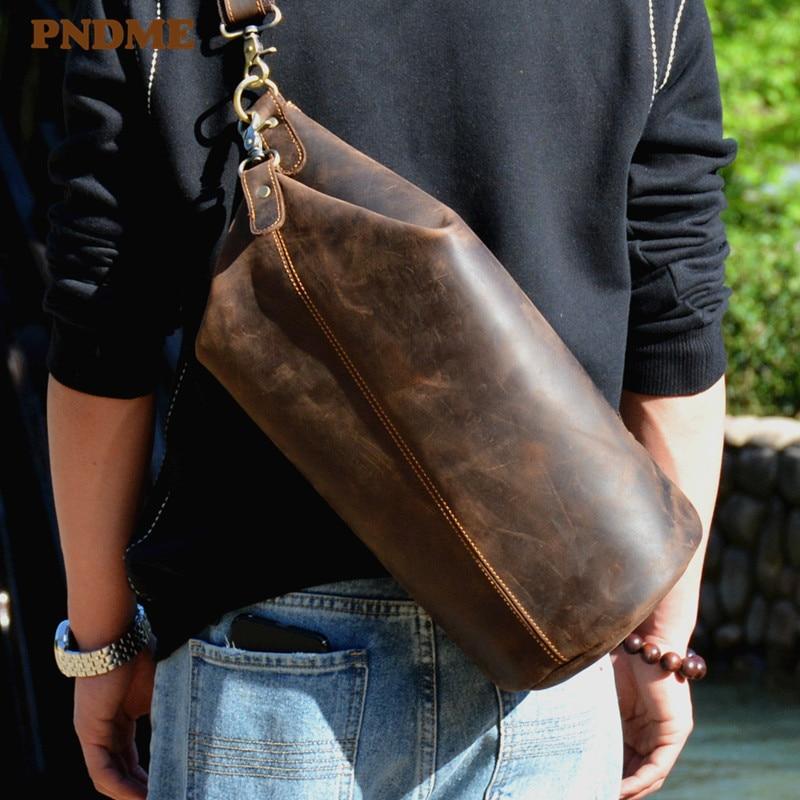 PNDME-حقيبة صدر من الجلد الطبيعي الأصلي بتصميم إسطواني عتيق للرجال ، حقيبة كتف عصرية غير رسمية من جلد البقر المجنون