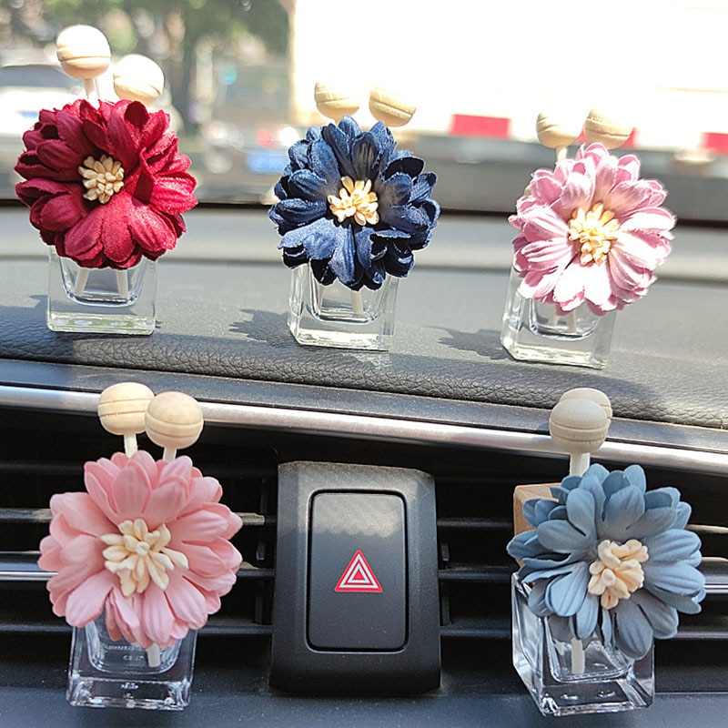 100pcs Empty Refillable Car Perfume Glass Bottle with Perfume Clip,Fabric Daisy Flowers Car Aromatherapy Essential Oil Diffuser
