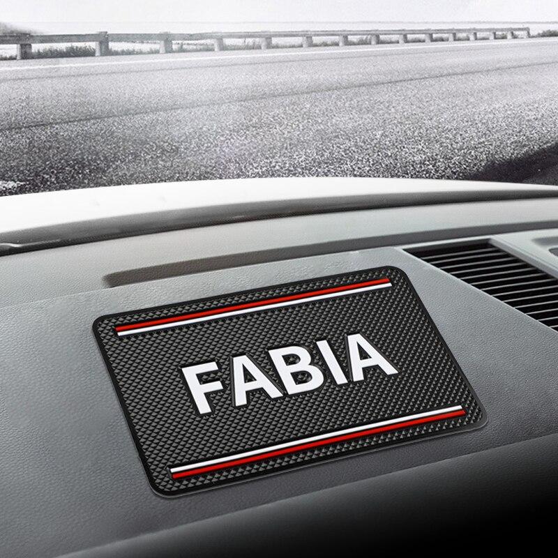1pcs Car Mat Anti Slip Titular Do Telefone Almofada antiderrapante Anti-Slip Mat para Skoda Fabia 1 2 3 mk1 mk2 Acessórios Do Carro-Styling
