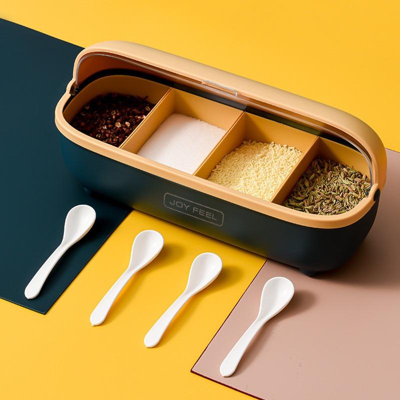 رف توابل بلاستيكي بغطاء شفاف ، مجموعة من 4 برطمانات توابل على الطراز الاسكندنافي مع 4 ملاعق مجانية ، ملحقات المطبخ
