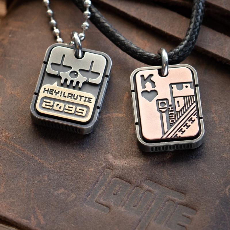لوتي مهرج بوكر العلامات EDC المفاتيح قلادة كوبرونيكل ، النحاس ، النحاس ، الزركونيوم سبيكة قلادة هدية للرجال