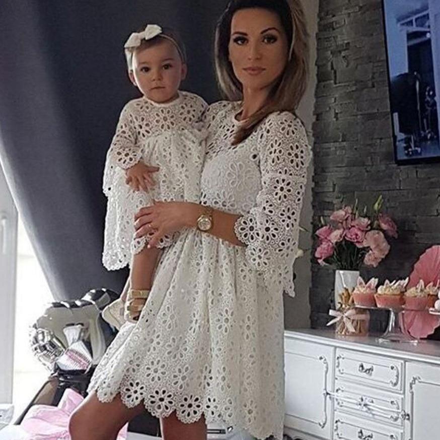 Vestidos de mãe e filha família, combinando roupas, floral, renda, mulheres, meninas, curto, mini vestido, mâe, bebê, roupa de festa