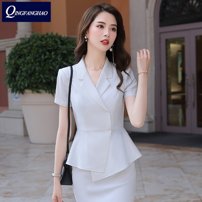 2020 summer new Korean version of the ladies' temperament goddess fan two-piece suit casual fashion professional small suit pants pants summer seven sleeved suit suit male korean version of the slim fashion hair stylist trend leisure suit two piece