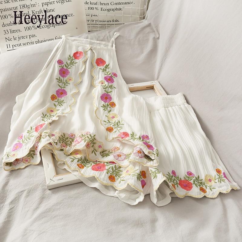 Conjunto de pantalones cortos de verano Vintage bordados con tanques sin mangas + bordado de flores para mujer