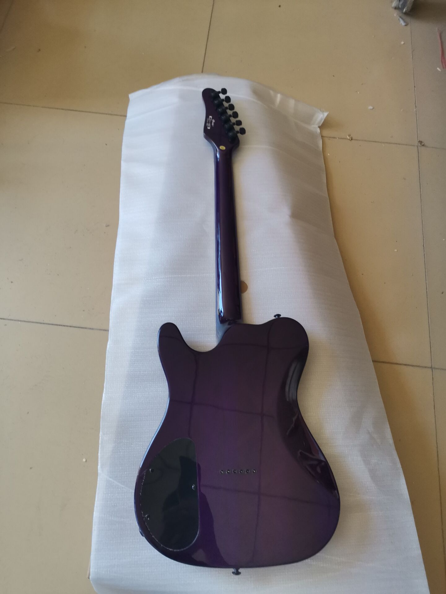 good quality electric gutiar purple flame maple free shipping enlarge