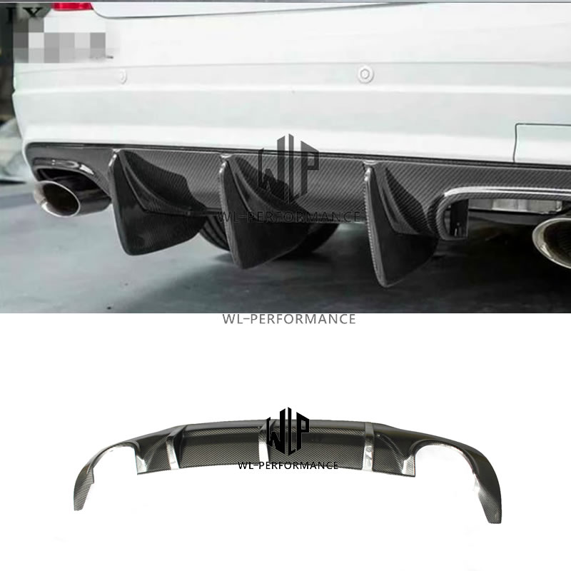 W204 AMG Style High Quality Carbon Fiber Rear Lip Diffuser Car Styling For Mercedes-Benz C Class W204 C300 Car Body Kit