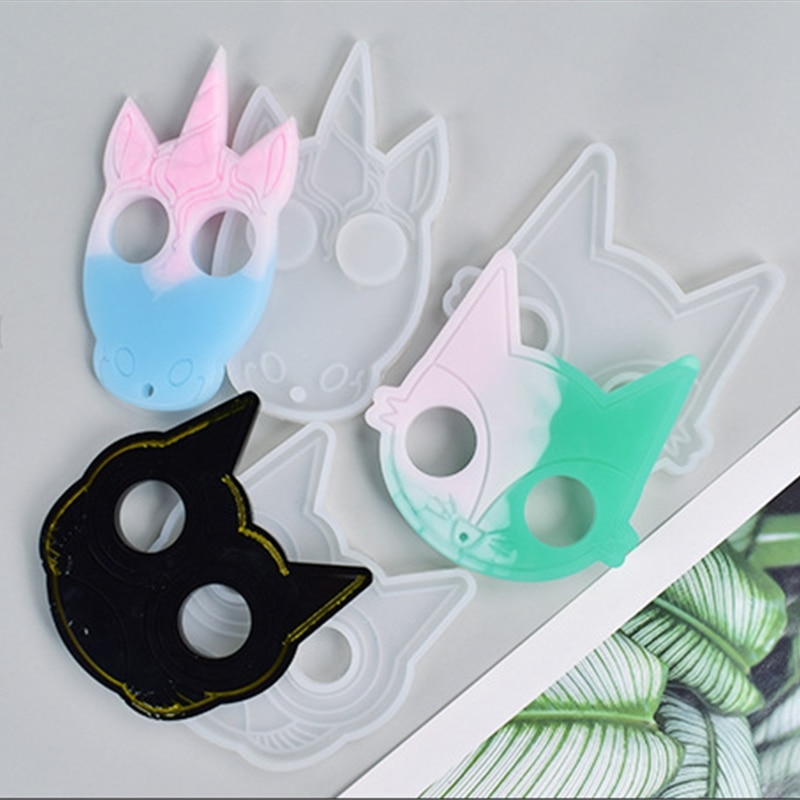 1 Pc Super Glossy Self-defense Cat Keychain Crystal Epoxy Resin Mold Pendant Silicone DIY Crafts Jewelry Necklace Making Tool