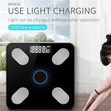 새로운! 블루투스 저울 바닥 과학 체지방 규모 빛 에너지 충전 스마트 전자 LED 디지털 무게 욕실 균형