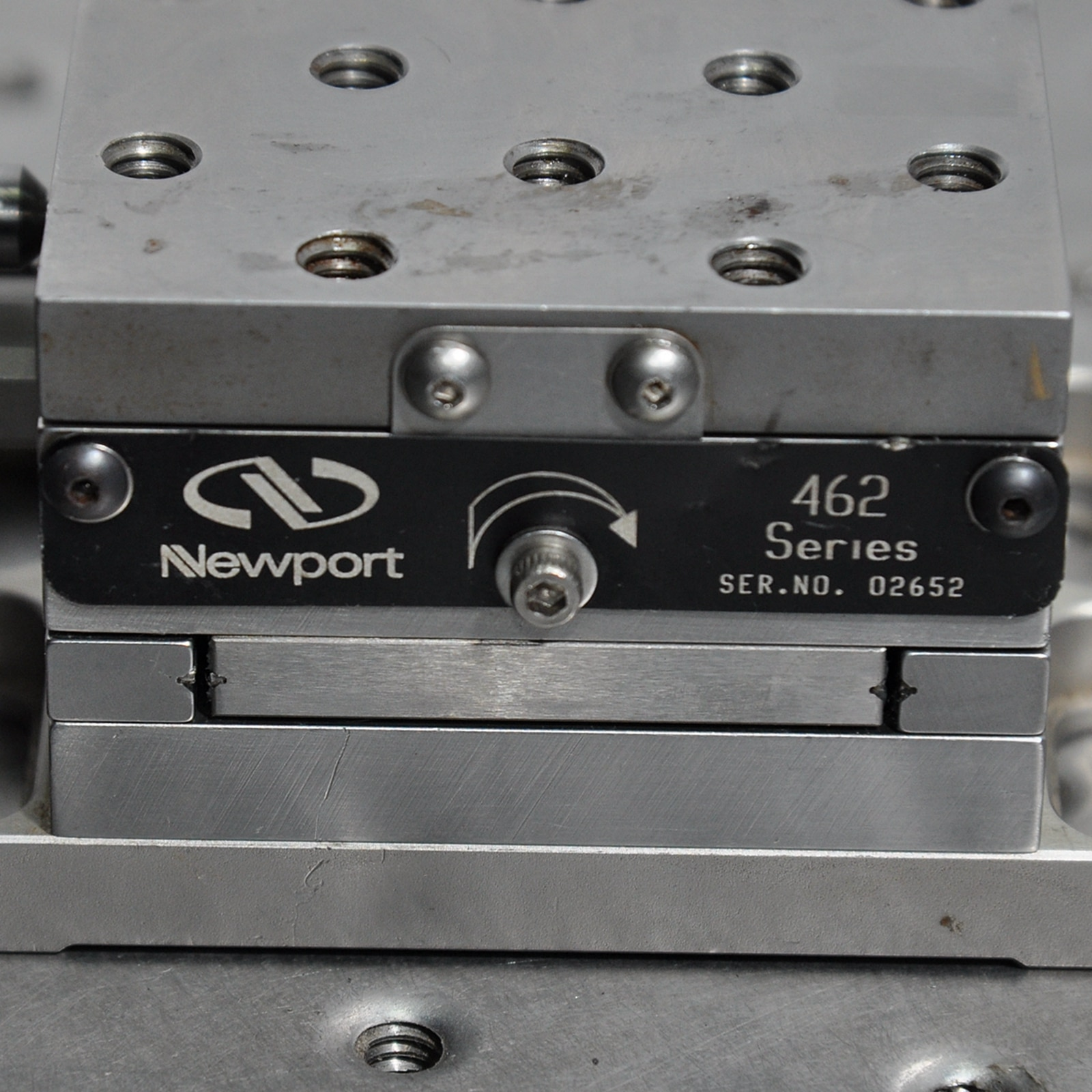 Newport XY linear stage M-462 series 25.4mm travel, cross roller, M4, M6 enlarge