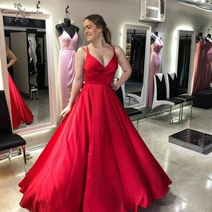 Red Long Prom Dresses 2020 Backless V-Neck Floor Length Simple Satin Evening Dress Formal Party Gowns Robe De Soiree Cheap
