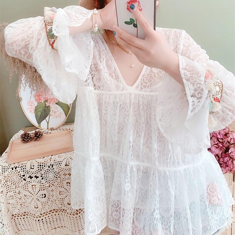 Diseño Original AIGYPTOS, camisas elegantes de encaje blanco de primavera para mujer, blusas coreanas de encaje holgadas informales con bordado de cuello en V