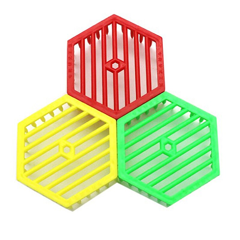 1pcs queen isolation and introduction cage plastic round flat queen introducing cage Bee Queen Cage Beekeeping Apiculture Tool Plastic Equipment Hexagonal Supplies