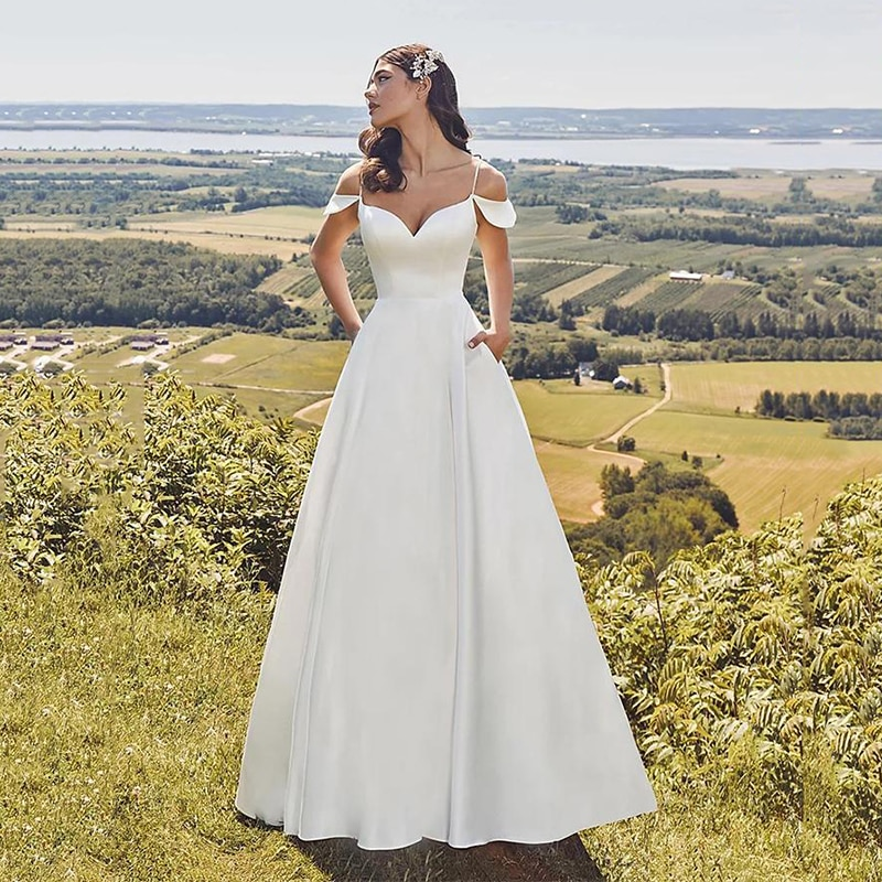 V Neck Satin Wedding Bridal Dress Spaghetti Straps Simple Open Back Buttons Up Bride Quality Bridesmaid Gowns Cheap Custom Made