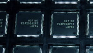 2-10pcs New R2A20282FT R2A20282AFT TQFP-128 Liquid crystal plasma buffer board chip