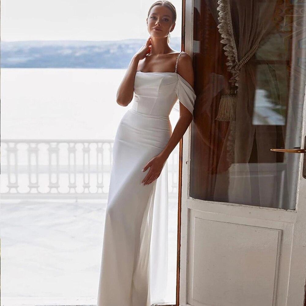 Get Spaghetti Strap Beaded Mermaid Wedding Dress Strapless Sleeveless Lace Up Back Court Train 2021 Bride Gowns Vestido De Noiva