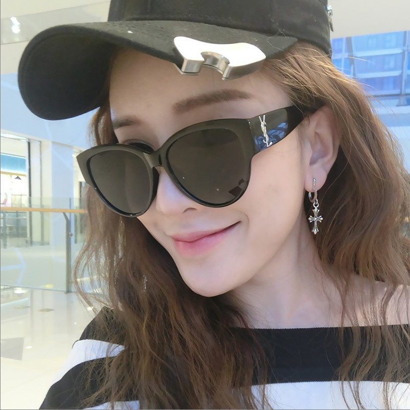 2021 Oversized Square Sunglasses Women Luxury Brand Fashion Flat Top Red Black Clear Lens One Piece