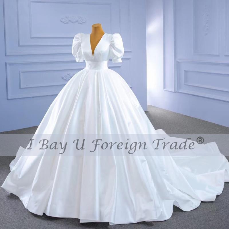 فستان واحد فيديو واحد 100% صورة حقيقية من الساتان الأبيض النقي فستان الزفاف الخامس الرقبة الأمراء الفاخرة منتفخ نصف كم تصاميم الزفاف