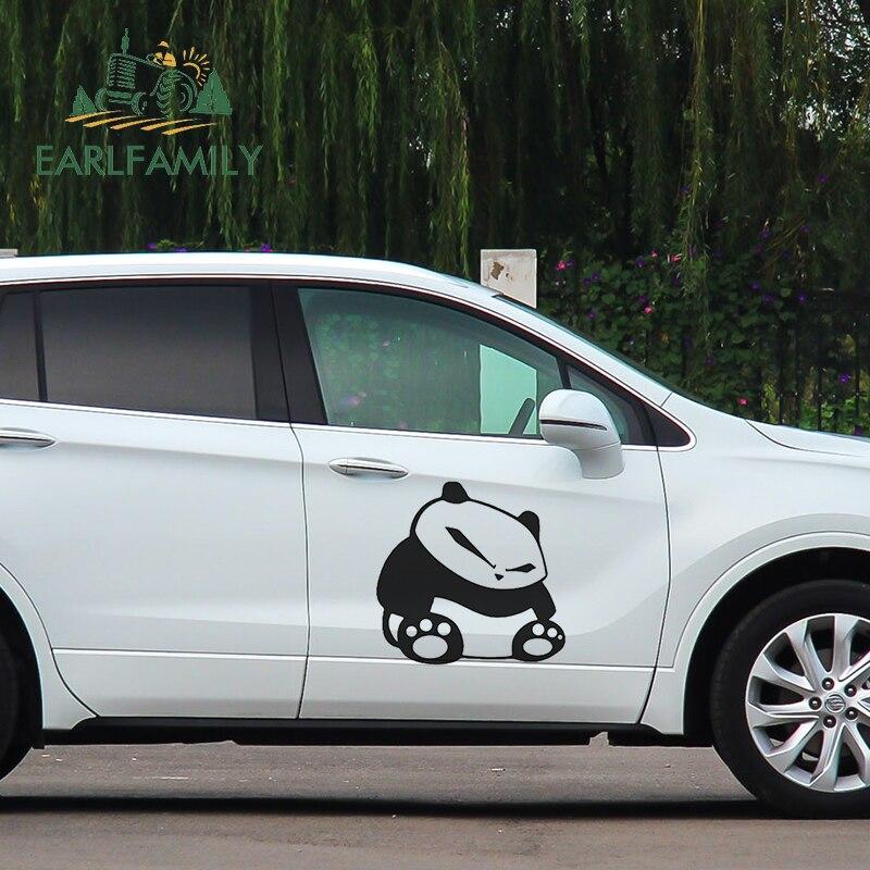 EARLFAMILY 58cm x 51,6 cm lindo Panda sentado vinilo pegatina coche de carreras camión calcomanía de carreras JDM coche adhesivo coche accesorios